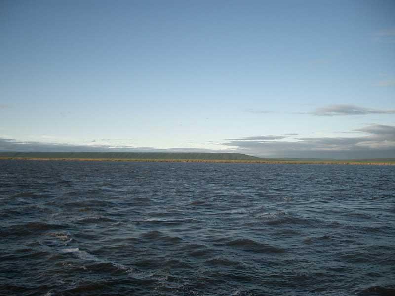 Усть-Кут.RU : Водная гладь устья реки Лены