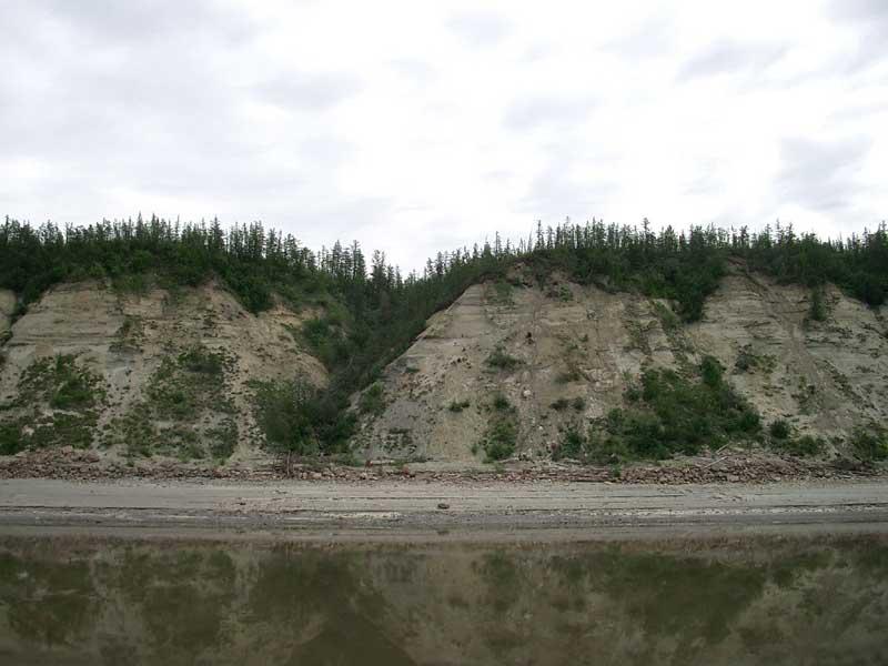 Усть-Кут.RU : Местные скалистые берега