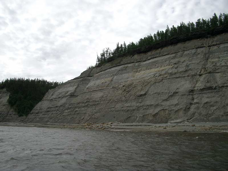Усть-Кут.RU : Скалистые берега