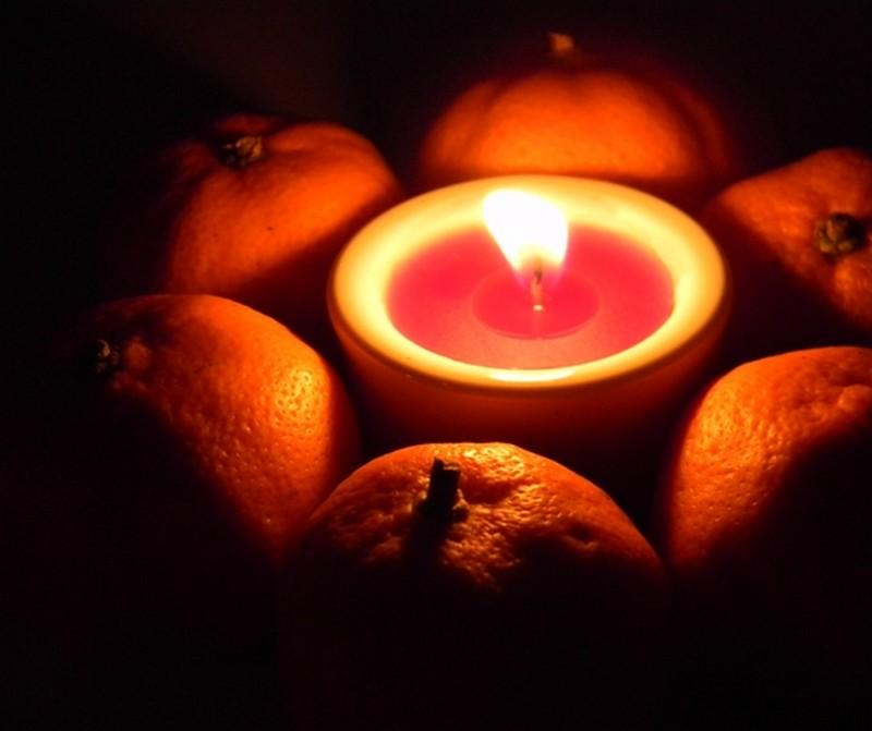 Усть-Кут.RU : Бянкина О.В. Мандарины и свеча