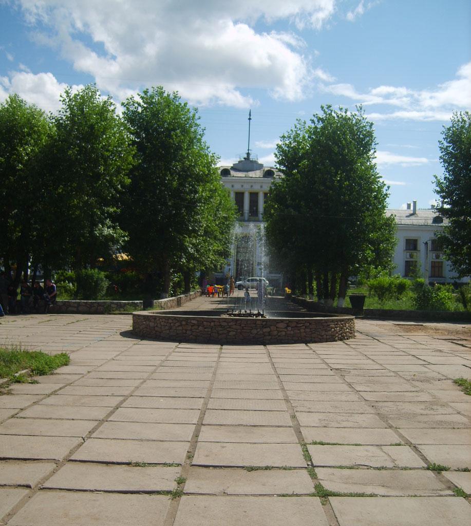 Усть-Кут.RU : Фонтан на Лене
