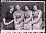 Антипина первая слева, 1962 г