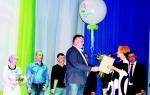 Ответственных и добросовестных сотрудников поздравляет С. Сазанов