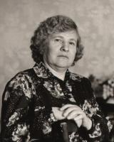 пенсионерка Пехтышева Фаина Яковлевна в 1995 году
