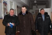 И.А. Татаринов, С.А. Ожегов и Б.Г. Алексеев посетили школу и детский сад