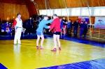 Самбо – зрелищный вид спорта. Зрители шумно поддерживали сильнейших спортсменов