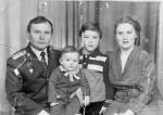 Павел Николаевич и Надежда Александровна с сыновьями